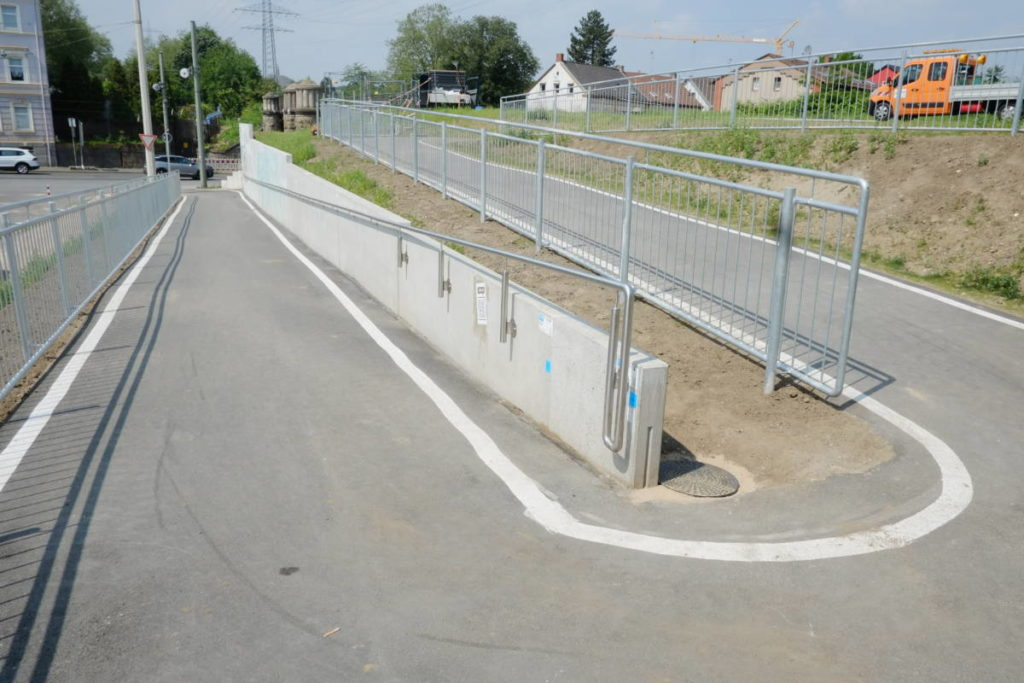 """RS-1: Teilstrecke der """"Fahrradautobahn"""" ist freigegeben"""